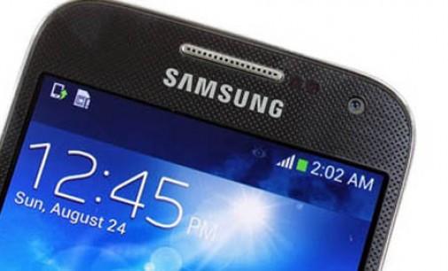 Lydia Favoritkan Samsung