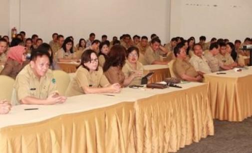 Bupati Singal: Semua Pegawai Harus Bersertifikat