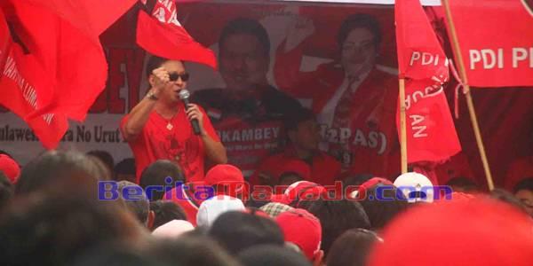 Ivan Sarundajang Bakar Semangat Simpatisan dan Kader PDIP Minahasa