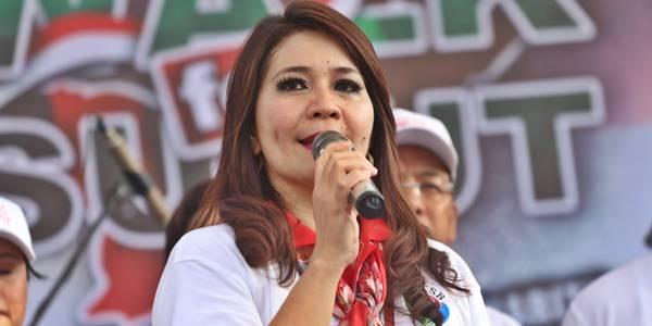 Coreta Kapoyos - Ketua Umum Yayasan Torang Samua Basudara