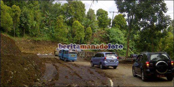 Jalur jalan utama Tomohon - Manado.