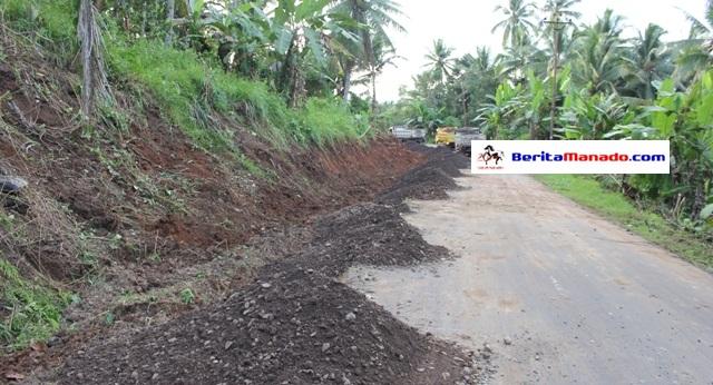 Miliaran dana digelontorkan untuk pelebaran jalan dari bandara menuju Likupang.