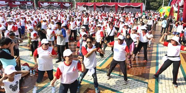 Peserta Walk for Sulut