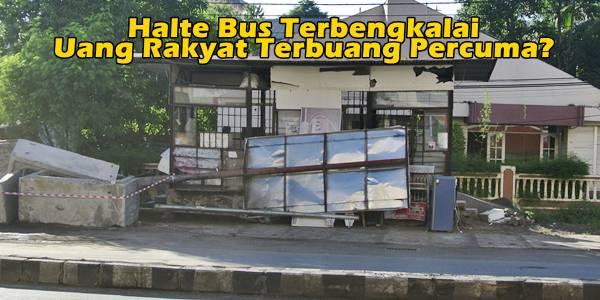 Halte bus depan Mega Mall Manado