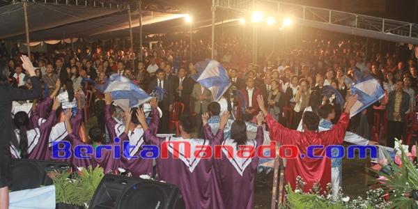 KKR Pray For Minahasa Dipadati Masyarakat Langowan