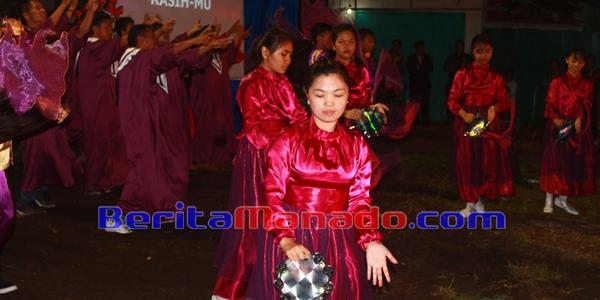 Tarian Rebana Yang Turut Memeriahkan KKR Pray For Minahasa