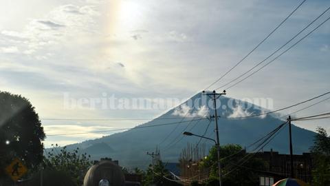 Gunung Klabat (foto beritamanado)