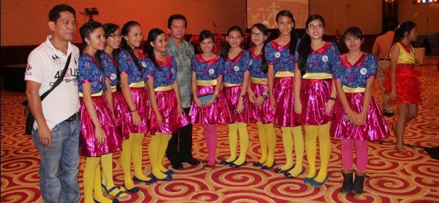 Musik Kolintang Minut di Pingkan Indonesia 11
