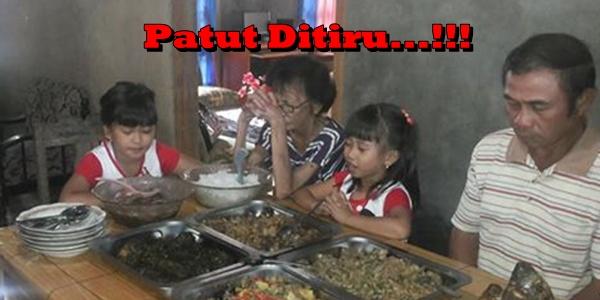 Refa Tengker Saat Memimpin Doa Makan