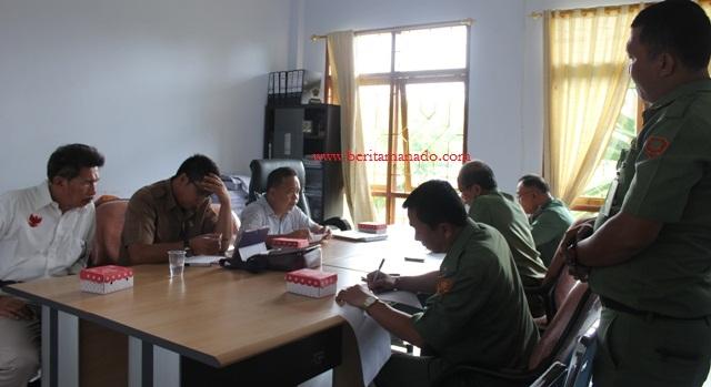 Rapat Bersama DPRD Minut dan Panitia Pembebasan Lahan Tol 1