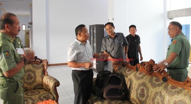 Rapat Bersama DPRD Minut dan Panitia Pembebasan Lahan Tol 3