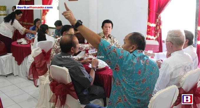 Sompie Singal Silaturahmi ke Dandim 1310 Bitung 1