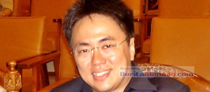 Andrei Angouw (Foto BeritaManado.com)
