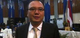 ROBERT TAMBUWUN dan HENGKY KAWALO Sepakat Pembangunan Dego Dego Tidak Menyalahi Aturan