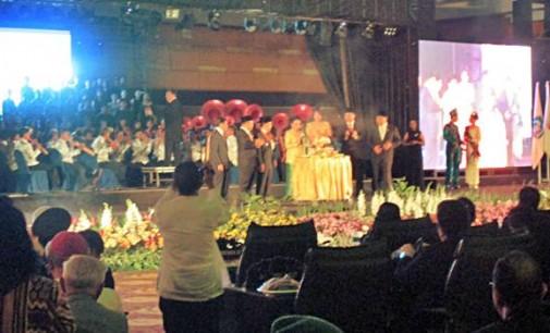 Mantan Gubernur Diabaikan, HUT Emas Provinsi Hanya Ajang Pencitraan