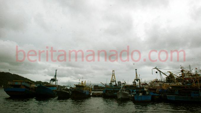 Kapal penangkap ikan Kota Bitung (foto beritamanado)