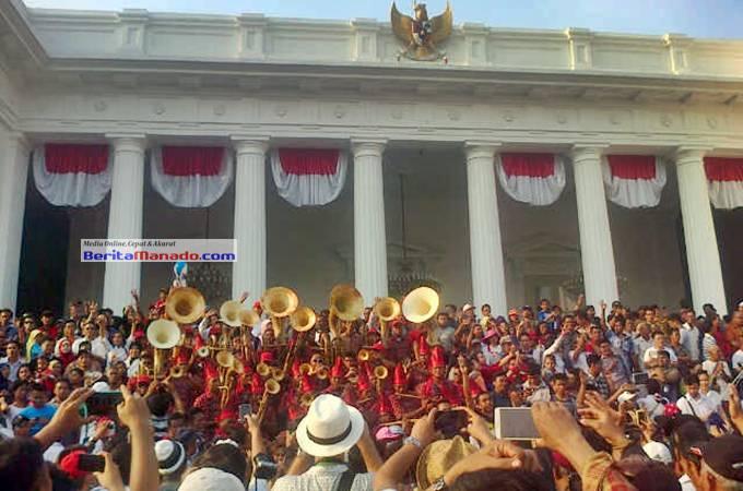 Musik Bambu Enepahembang di Istana Negara