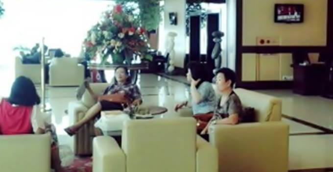Lobby Lion Hotel saat ini