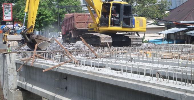 Pembangunan Jembatan Sario