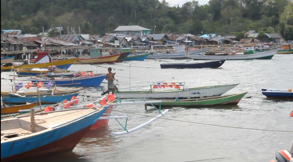 Deretan kapal nelayan yang berada di Pelabuhan Likupang