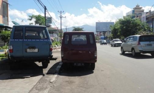 Pansus Ingatkan Dishub Soal Terminal Bayangan dan Trotoar Dijadikan Tempat Parkir