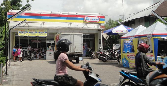 Indomaret di Maumbi (foto beritamanado.com)