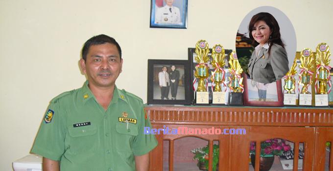 Kepala Sekolah SMKN 1 Motoling Timur