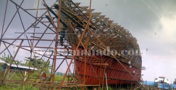 galangan kapal wangurer timur (1)