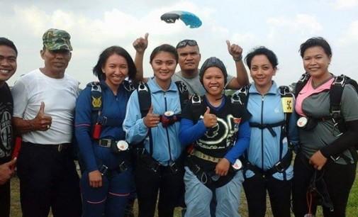 Tim Terjun Payung Sulut Uji Kemampuan di Pra PON XIX Tasikmalaya