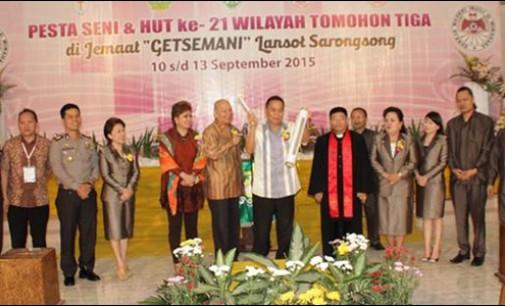 Pembukaan Pesta Seni dan HUT ke-21 GMIM Wilayah Tomohon III