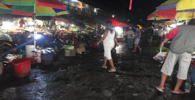 Pasar Karombasan