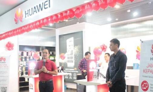 Huawei Hadir di itCenter Manado