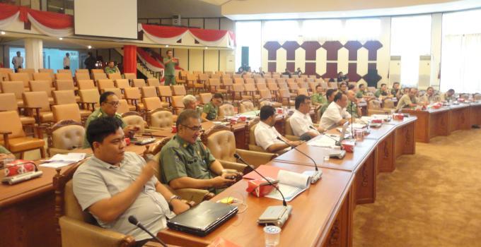 Hearing Komisi 3 DPRD Sulut