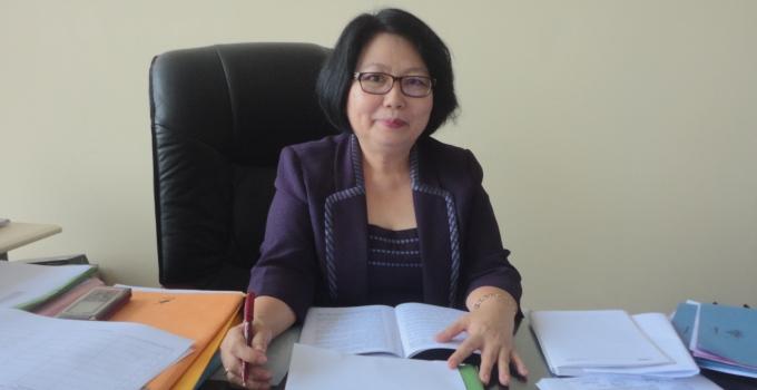 Lucia C. Mandey Direktur Pasca Sarjana Unsrat