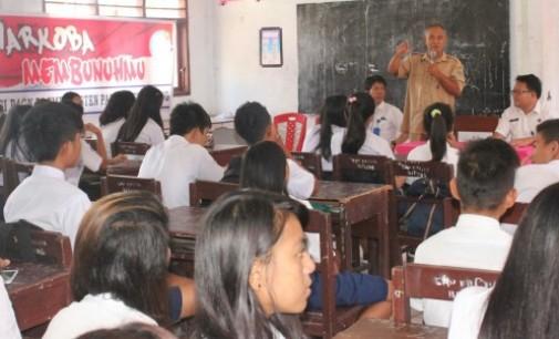 BNN Ajarkan Siswa SMP Pantekosta Proteksi Diri dari Narkoba