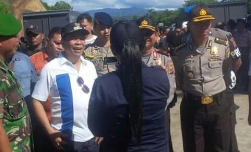Pejabat Pemkot, Kapolda dan TNI Pantau Eksekusi Warga Masata