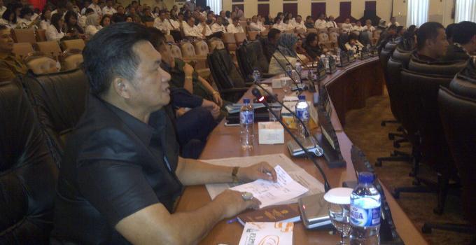 Herry Tombeng Partai Gerindra