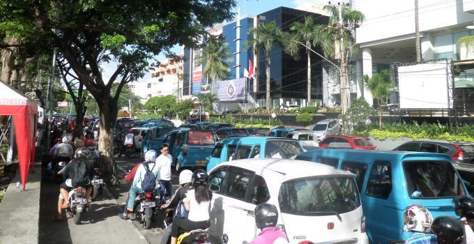 Macet, Boulevard, oneway traffick