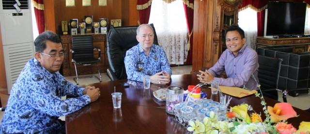 Wakil Bupati Mitra ketika berkunjung ke Bitung