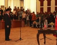 Resmi Ketua DPRD Sulut, Ini Kalimat Pertama Andrei Angouw