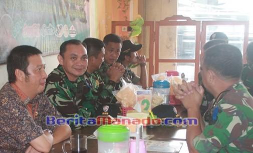 IVAN SARUNDAJANG Jamu Tiga Kolonel Penerbang di Kawangkoan