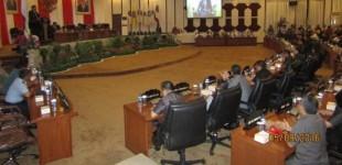 RASKI MOKODOMPIT Singgung Pimpinan DPRD Sulut Belum Menggelar Paripurna LKPJ