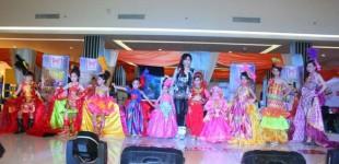 Pagelaran Busana Batik Kreasi Khas Sulut dan Gaun Pesta Anak