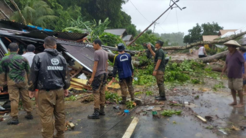 Salah satu lokasi bencana alam di Sangihe (foto: Korem 131/Santiago)