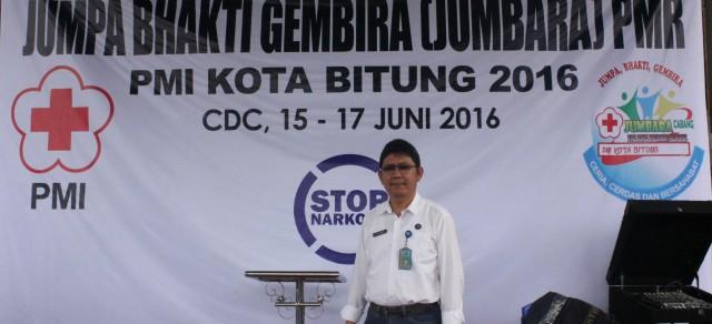 dr Tommy Sumampouw