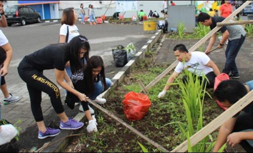 Berita Foto: Jelang TIFF, Pemkot Tomohon Bersih-bersih Kota