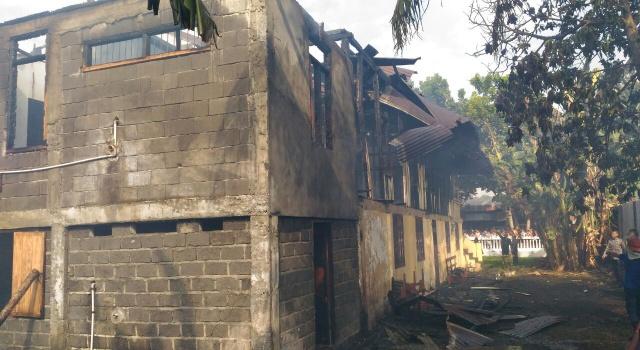 Kebakaran pastori.