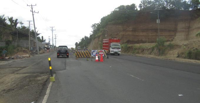 Pelebaran Ringroad I akan dijadikan jalur satu arah dibatasi median jalan seperti halnya jalan ke bandara Sam Ratulangi