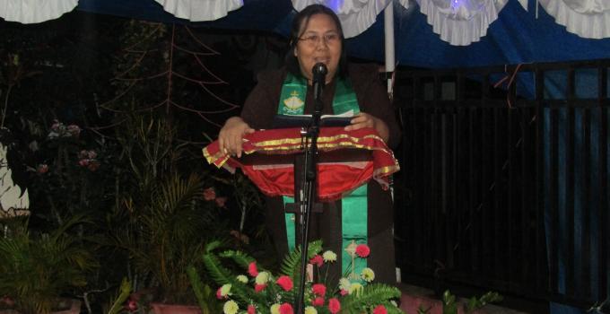Ibadah dipimpin GA Fenny Mamuaja SPAK