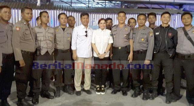 Ketua DPD Gerindra Sulut Vonnie Panambunan dan Sekretaris Melky Suawah, foto bersama aparat keamanan.